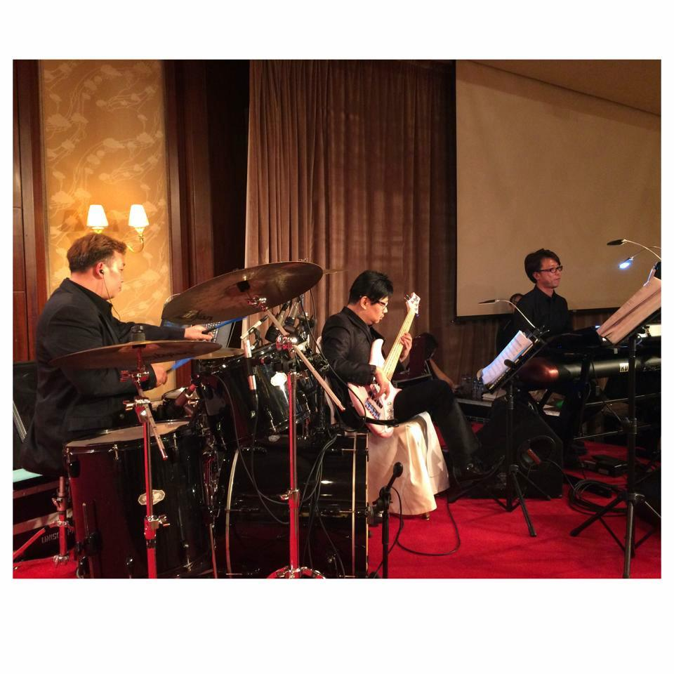 Unison Production Live Music band performance - Listing celebration dinner at Conrad Hotel