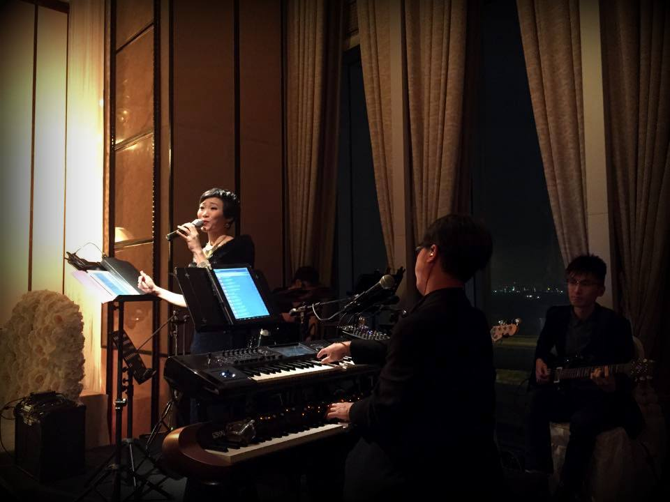 Unison Production Live Music band performance - Church ceremony in St Margaret's church and dinner banquet in Four Seasons Hotel, Mar2016