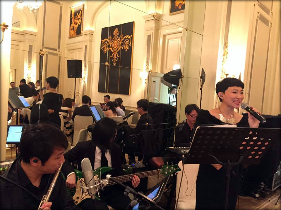 Unison Production Live Music band performance - Wedding in Peninsula hotel